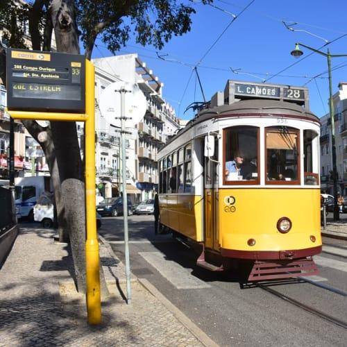 リスボン名物の路面電車。 | リスボン