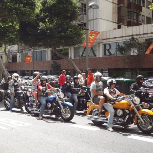 オートバイパレード ラスパルマス グランカナリー島 (スペイン) | ラス・パルマス・デ・グラン・カナリア(カナリア諸島)