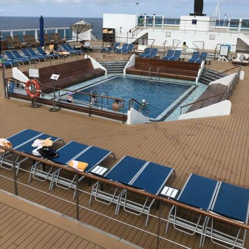 客船コスタ・ネオロマンチカの船内施設