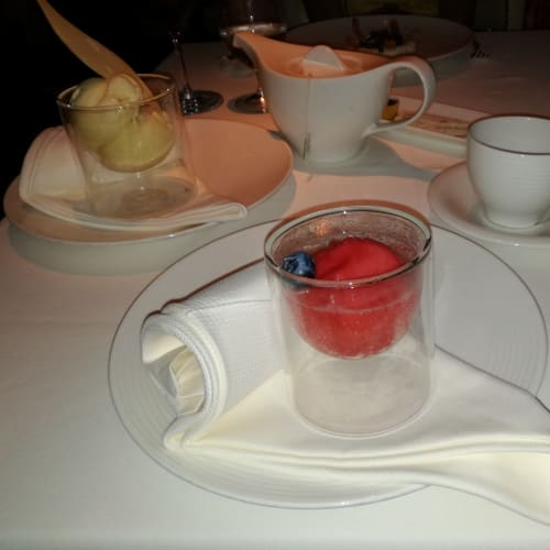 イタリアンレストラン「プレーゴ」 | 客船クリスタル・シンフォニーのダイニング、フード&ドリンク