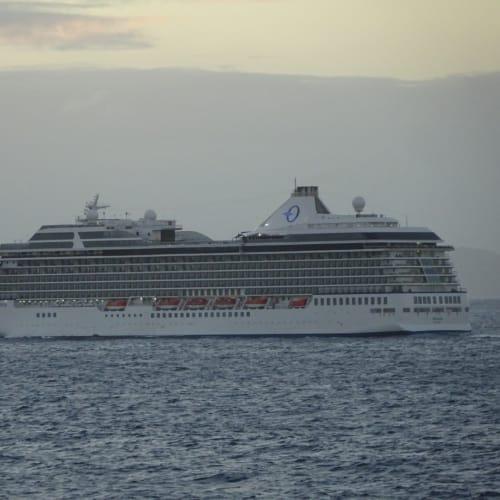 客船ル・シャンプランの外観