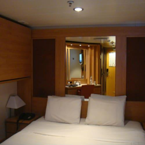 今回の部屋 | 客船セレブリティ・センチュリーの客室