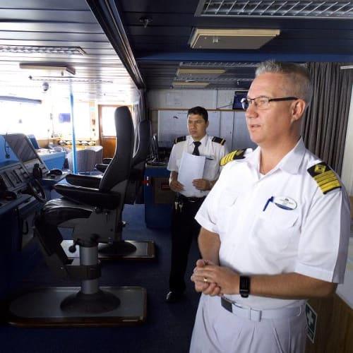 客船スーパースター・ジェミナイのクルー、アクティビティ、船内施設