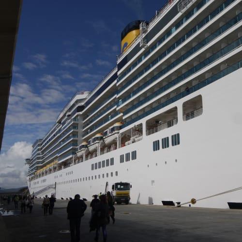 客船コスタ・ルミノーザの外観
