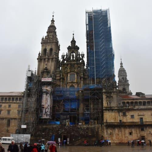 キリスト教の聖地、サンティアゴ・デ・コンポステーラカテドラル。 | ア・コルーニャ