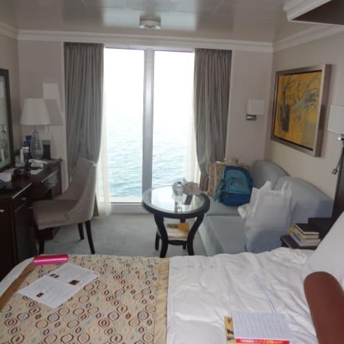船室 オーシャンビュー 窓が大きい。 | 客船リビエラの客室