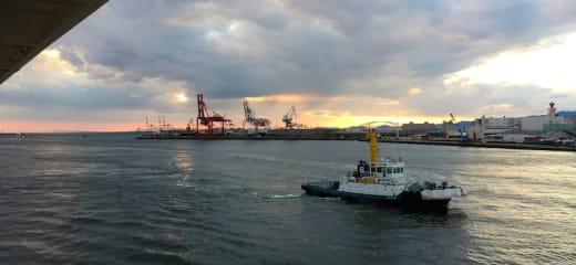ダイヤモンドプリンセス 大阪港の夕陽