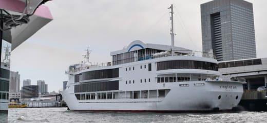 レストラン船「ヴァンテアン」乗船、そして東京港夜景撮影