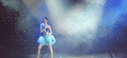 2013GW サン・プリンセス日本発着クルーズ乗船記 第六日 その7 ダンスショー