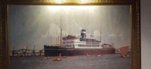 クルーズ客船の中の絵画コレクション
