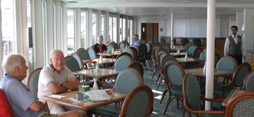 QE2乗船レポート2 OCT.11
