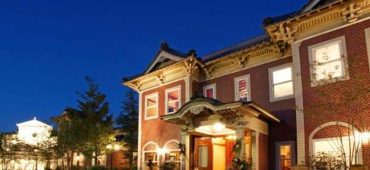 美食の5つ星クルーズの楽しみ方と日本ラインリバーサイドの迎賓館昼食会