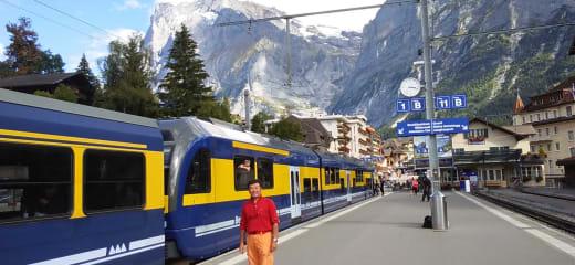 スイス グリンデルワルドで暮らす様に旅をする~チューリッヒ旅立ち編~