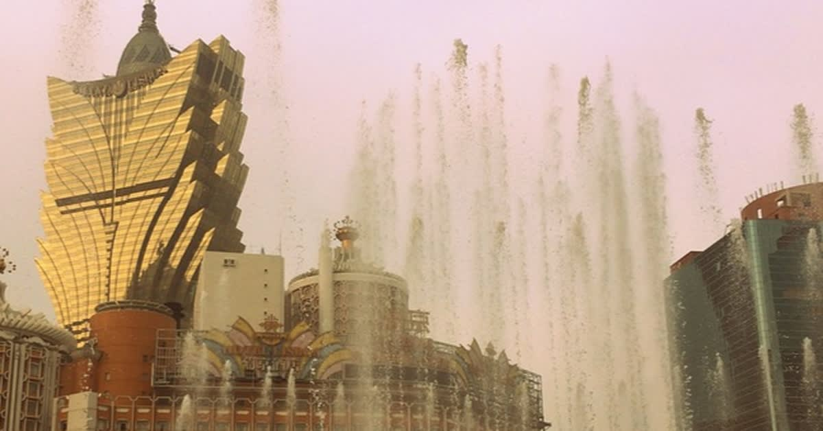 Igaming set to profit from Macau struggles?