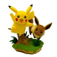 Pokemon - Pikachu & Eevee Poke Ball Collection Figure Thumb Nail