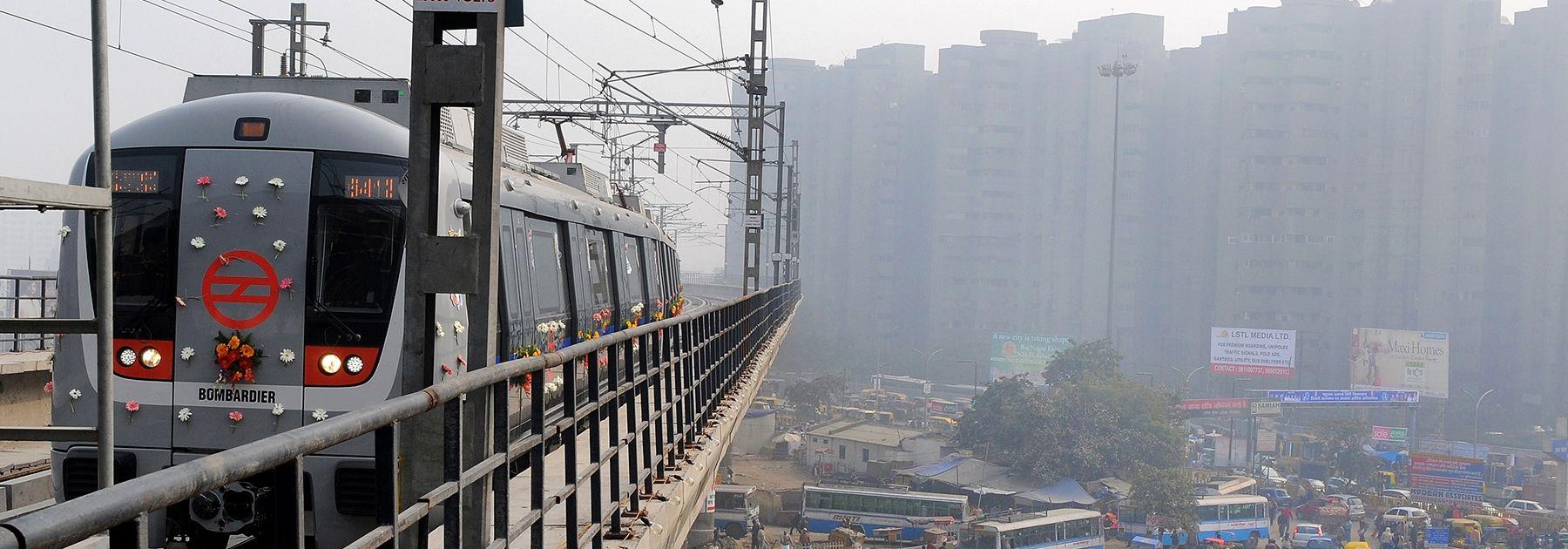 A Delhi Metro train reaches Anand Vihar station on the Delhi-Uttar Pradesh border. (PRAKASH SINGH/AFP/Getty Images)