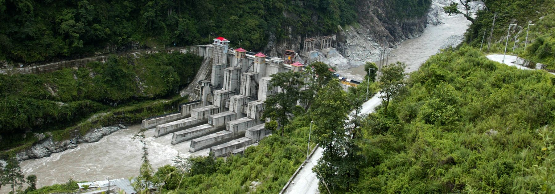 General view of construction of a Hydroelectric Project by India's National Hydroelectric Power Corporation (NHPC) on the River Teesta. (DIPTENDU DUTTA/AFP/GettyImages)