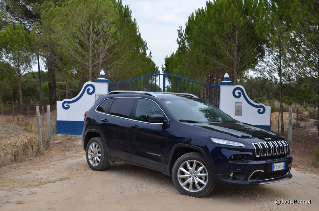 Road trip Jeep Cherokee Portugal (9)