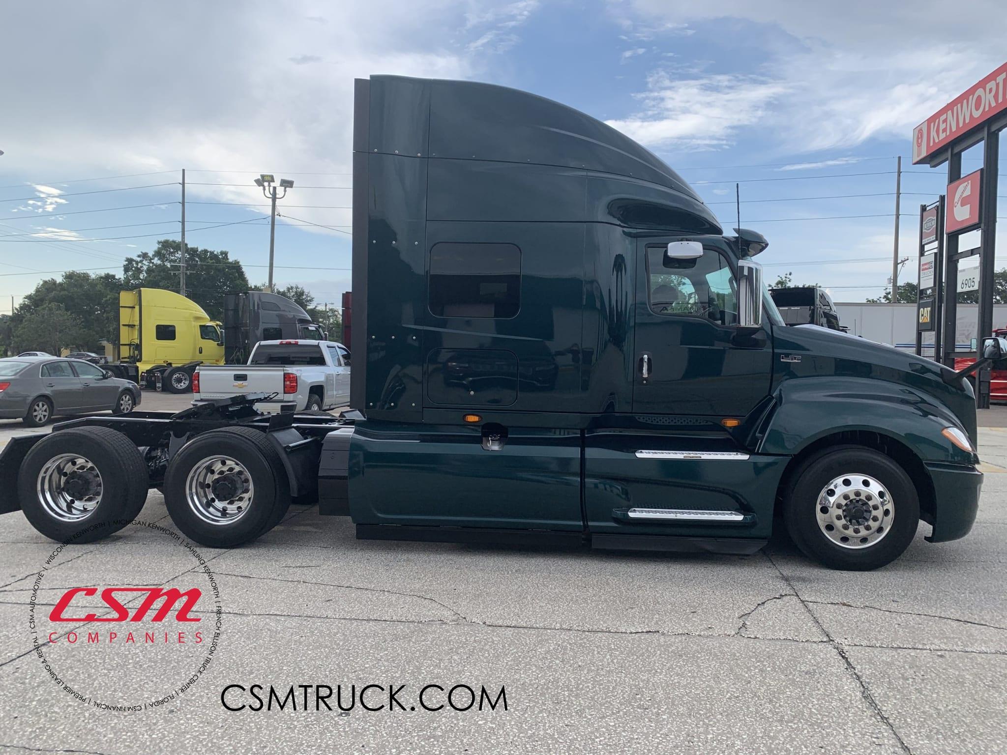 2018 International LT UJN446131 full