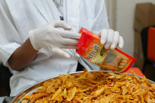 ReelFruit in Nigeria processes and distributes on-the-go packets of healthy dried fruit and nut snacks