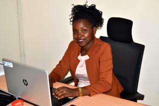 Rosine Mwiseneza a lancé son système d'irrigation automatisée SmAgri en 2016 pour promouvoir l'agriculture intelligente en Afrique subsaharienne.