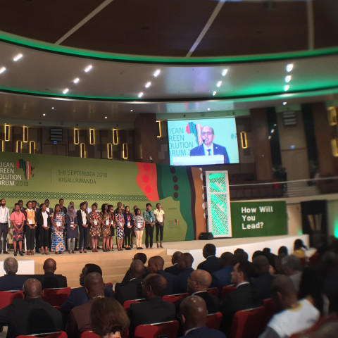 Young Pitch AgriHack entrepreneurs awarded during Presidential Summit