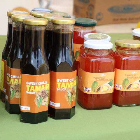 Locally produced pawpaw chutney and jam