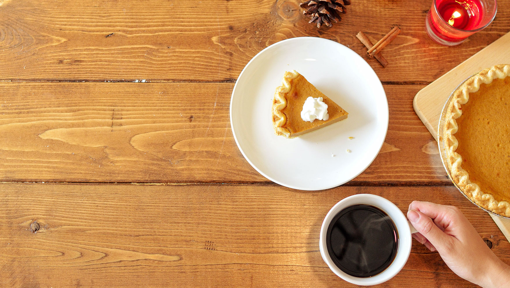 Setting A Place for Contentment at Your Thanksgiving Table