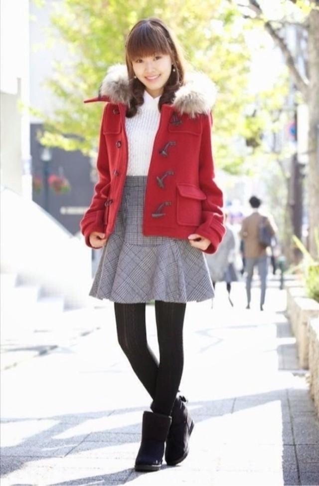 待ち合わせの可愛さを狙うなら「赤いコート」