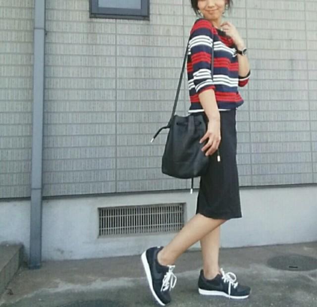 オフコーデも大人っぽく♡ カジュアルタイトスカートコーデ