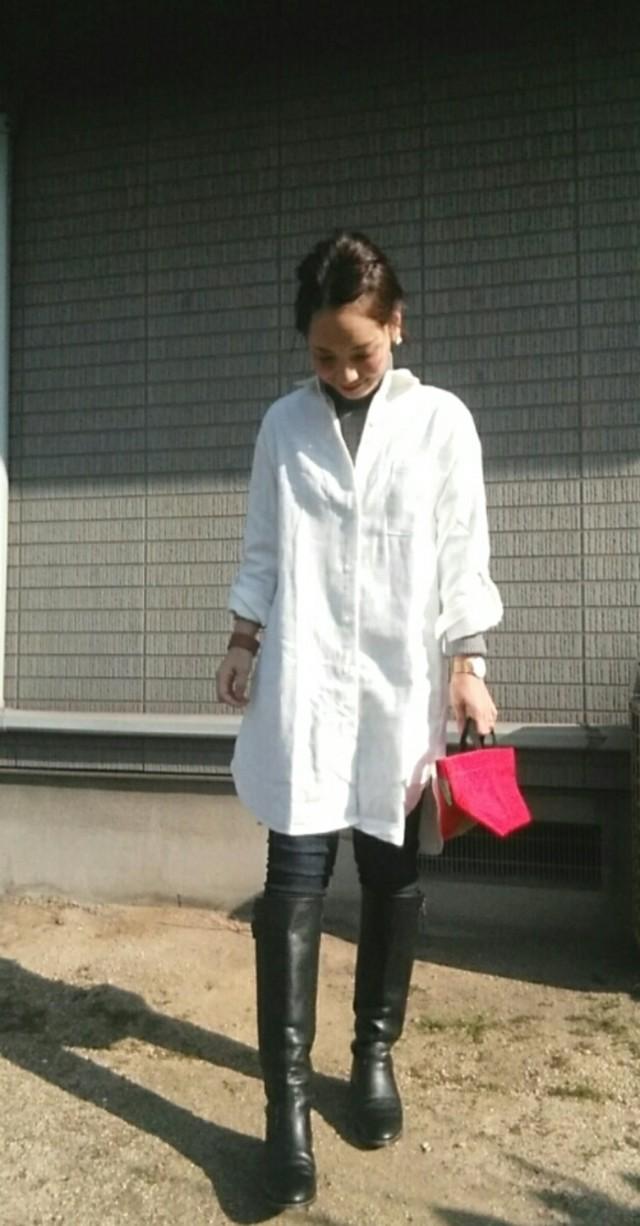 レイヤードで防寒も♡ ロングシャツ×ロングブーツで大人のシンプルコーデを