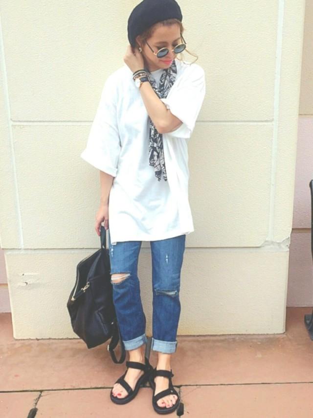 デニム素材×ベレー帽