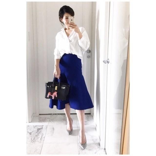 """""""ブルー""""スカートは、カラー初心者にもうってつけ"""