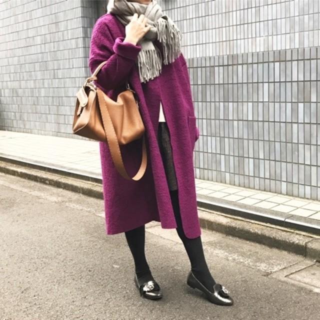 【冬のイベント・初詣コーデ】新年にふさわしい鮮やかなカラーコート