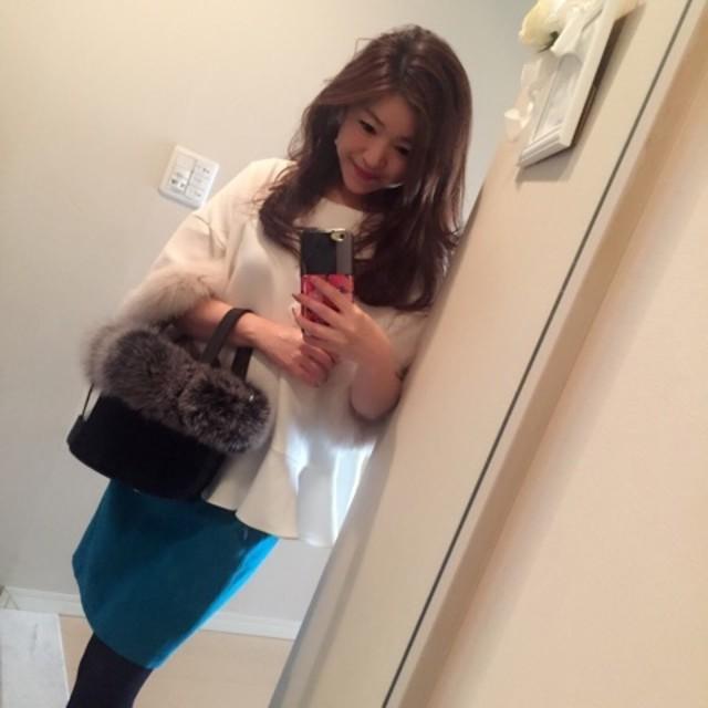 きれいカラーのスカートで華やぐ! 大人上品なスカートコーデ♥