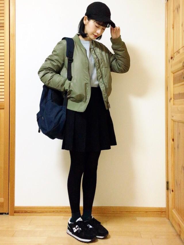 黒髪×ミニ丈のプリーツスカート♡