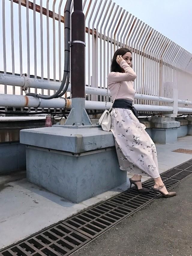 ロングボトムを着るならウエストマークで腰の位置を上げる!