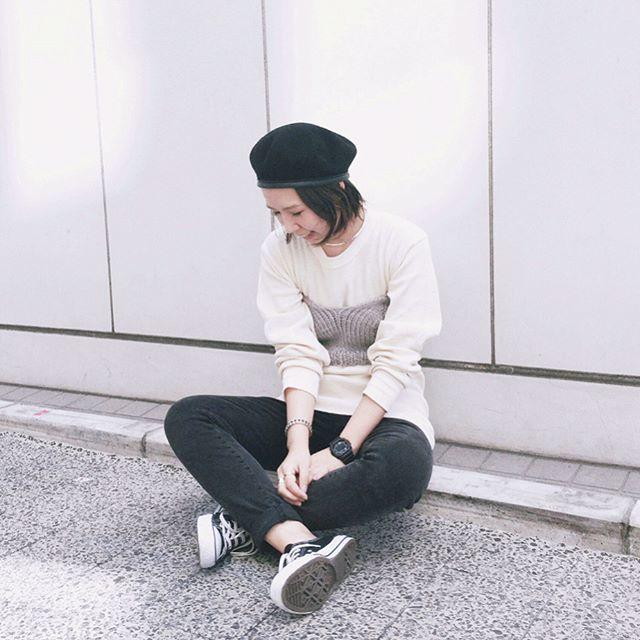 ベレー帽×パンツでより鮮度の高いコーデを