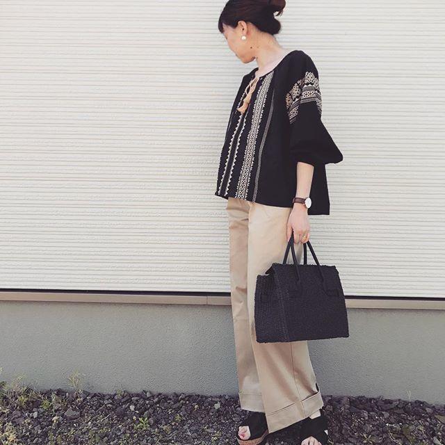 ブラック×刺繍で秋っぽさ重視♡