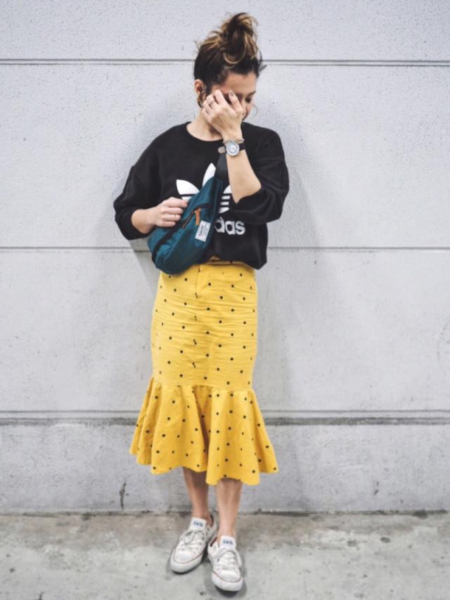 スカートをラフに着るならTシャツとコーデ