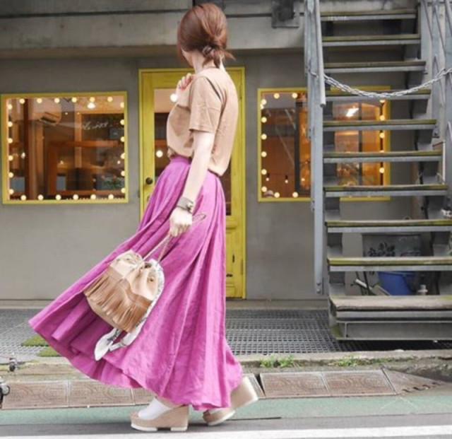 トレンドシルエットを作る「リネンのロングボリュームスカート」