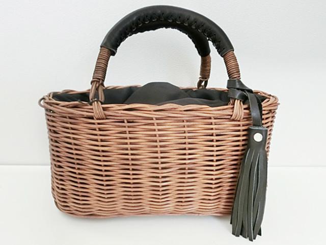 人気のカゴバッグは浴衣にもしっくりくる