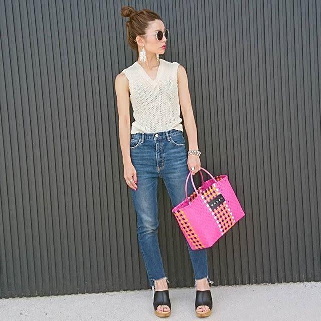 ピンクの服が苦手……それならピンクバッグで変化をつけてみて♥