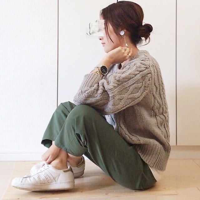 【カーキ×ベージュ】今どきニュアンス配色