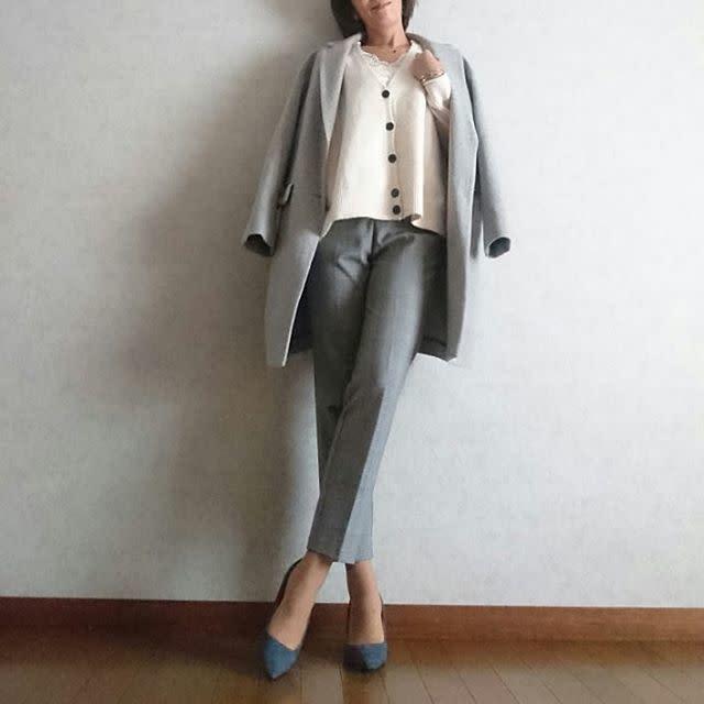 【オフィスカジュアル】ジャケットとパンツの同系色でスッキリ