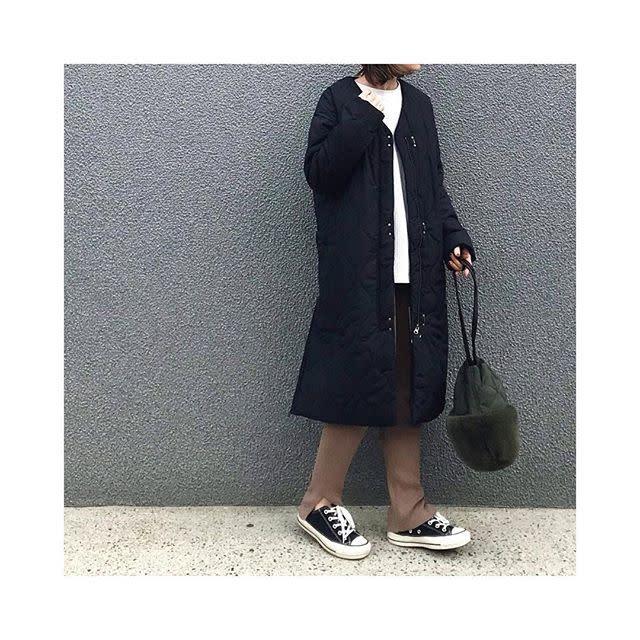 ダウンよリ軽めのキルティングジャケットやコート