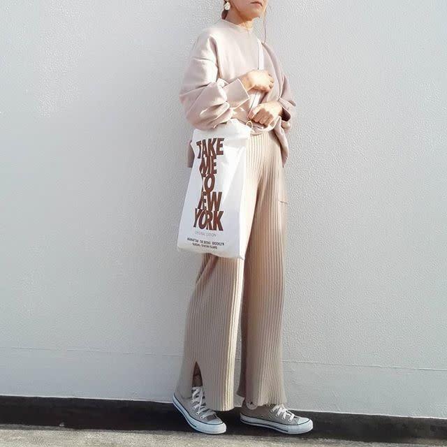 クリーンなイメージの「ホワイトバッグ」♥
