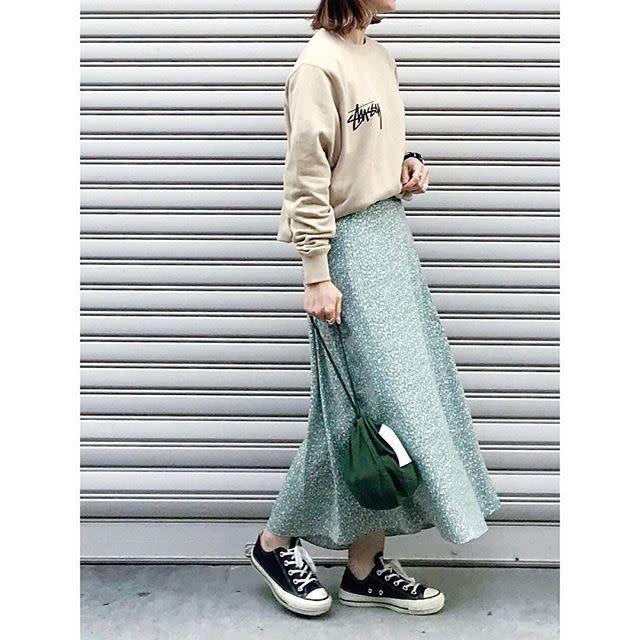 【担当カラー:グリーン】休日のリラックスコーデにマッチするロングスカート