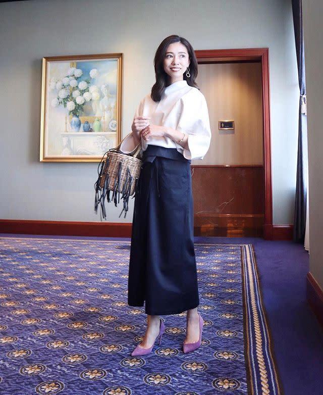 やっぱり王道! ハイヒールのパンプス×タイトスカートのきれいめコーデ