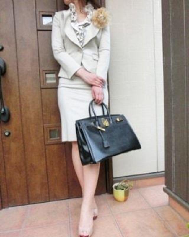 【七五三に最適なママの服装】ベージュコーデで上品な雰囲気を楽しむ